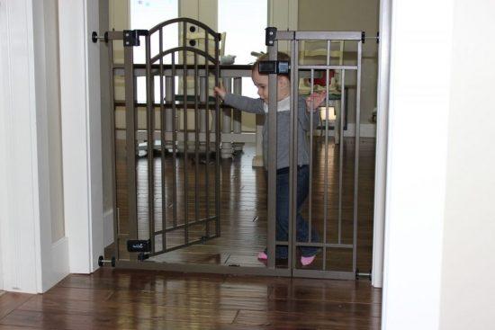 Summer Infant Extra Tall Walk-Thru Gate