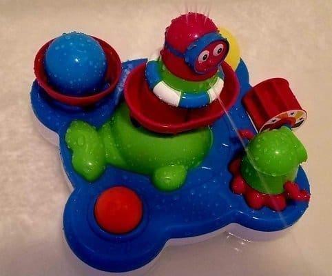 LilBeanzLand Whale Island Bathtub Toy