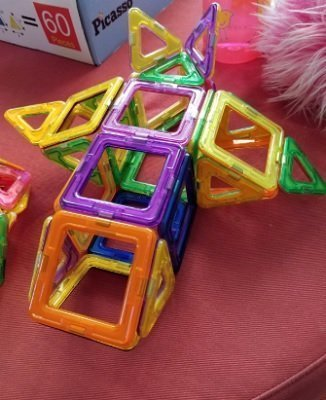 Magnetic Tiles Building Blocks Set by idoot