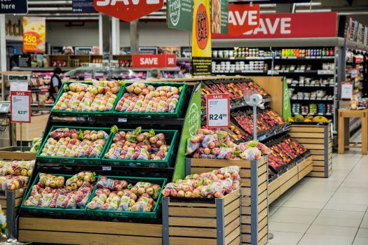 What Should You Reasonably Spend on Food for Your Family?