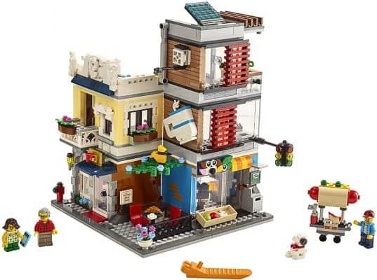 3 in 1 Townhouse Pet Shop & Café 31097