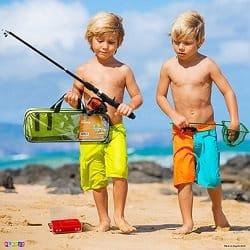 Play22 Kids Fishing Pole Kit