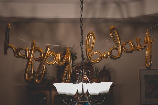 Virtual birthday party decorations