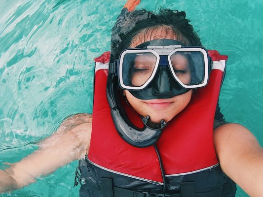 What to Look for in A Snorkeling Life Vest