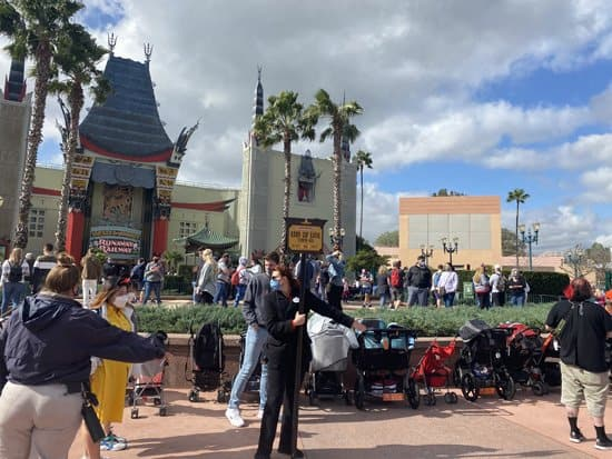 Lines at Disney Parks during Covid